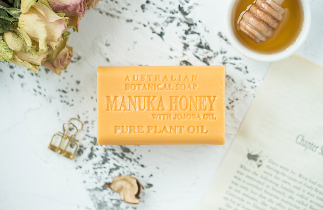 Manuka Honey with Jojoba Oil soap